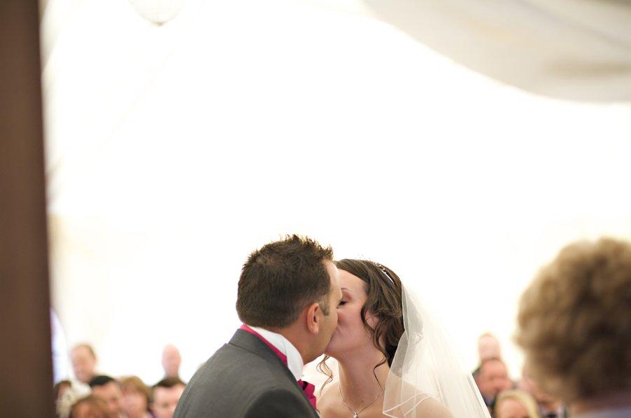 wedding photographer coltsfoot retreat (40)