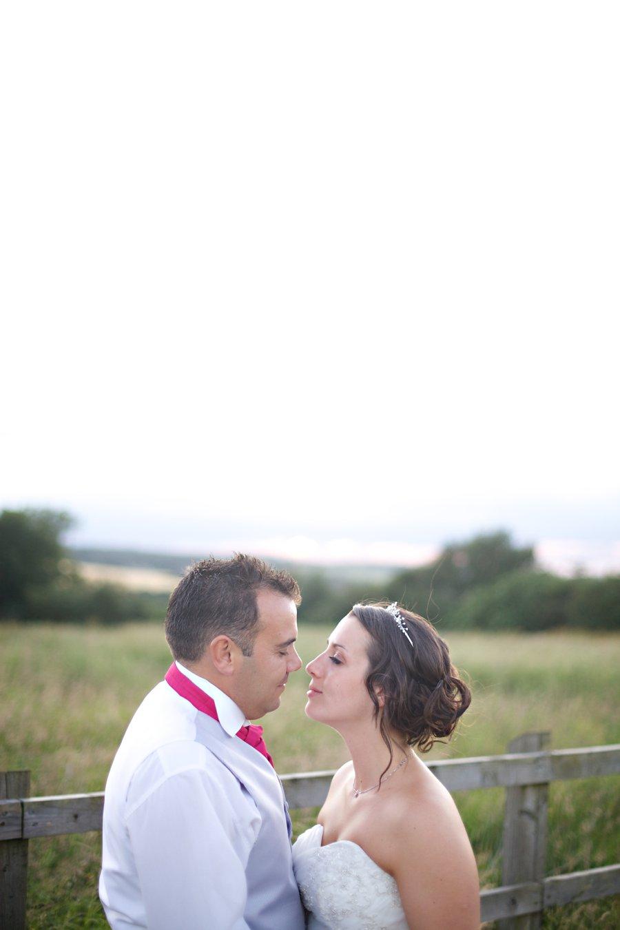 coltsfoot retreat wedding photographer (3)