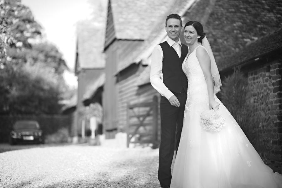 wedding-photographer-priory-barns