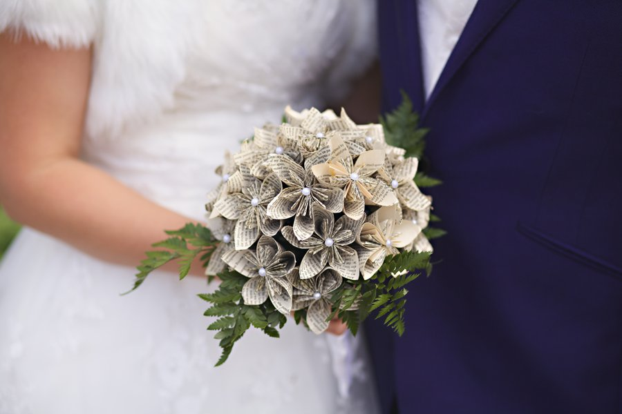 origami-wedding-flowers