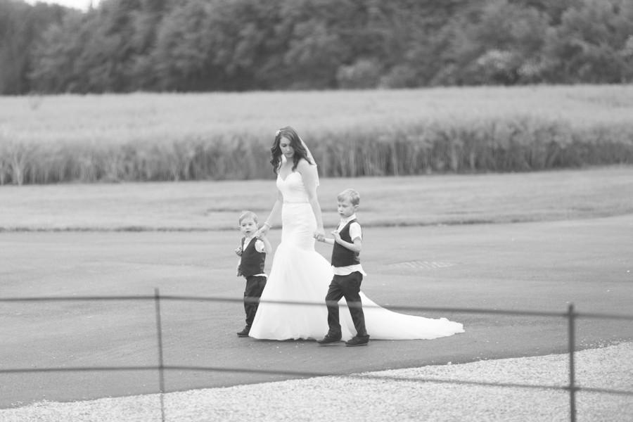 wedding-photographer-bassmead-manor-barns