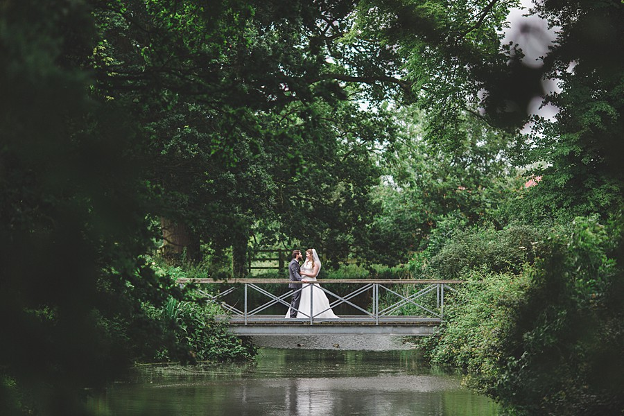 batemans barn South Elmham Suffolk wedding photography