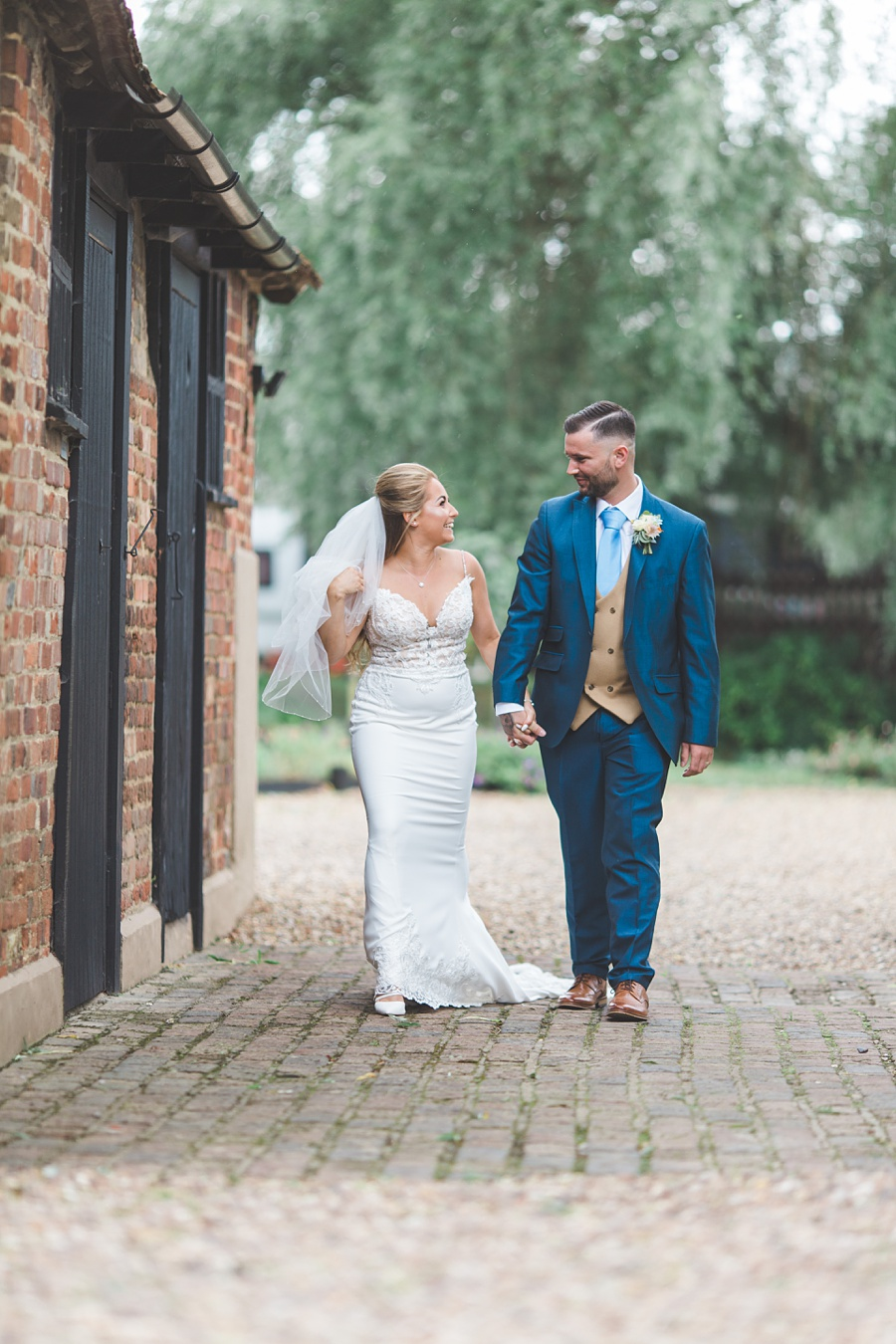wedding-photography-at-The-Priory-Little-Wymondley